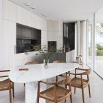 Photo 8 Of 14 In An Undulating Italian Villa Stretches Toward The Lakeshore Dwell