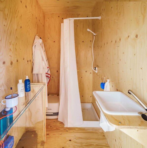 modern bathroom corner showers design