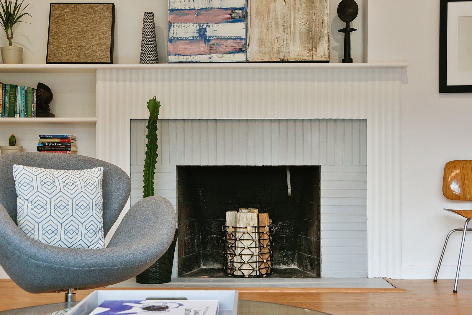 Photo 54 Of 61 In 61 Outstanding Fireplace Designs For Your Modern Home From Kathleen S Home Dwell