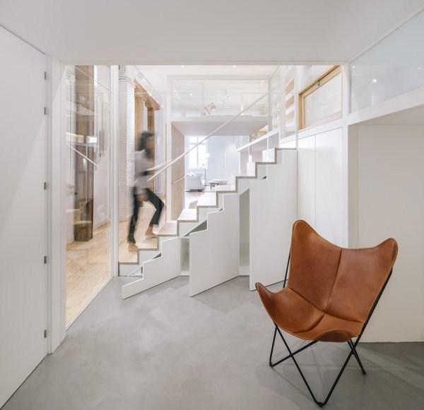 Best 36 Modern Storage Under Stairs Storage Type Design Photos And | Modern Under Stairs Storage | Hallway Understairs Storage | Grey | Home Stair | Bajo | Minimal
