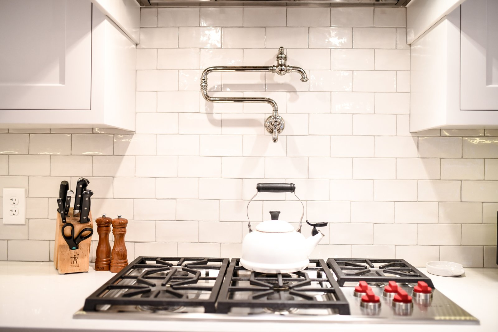 transitional farmhouse kitchen dwell