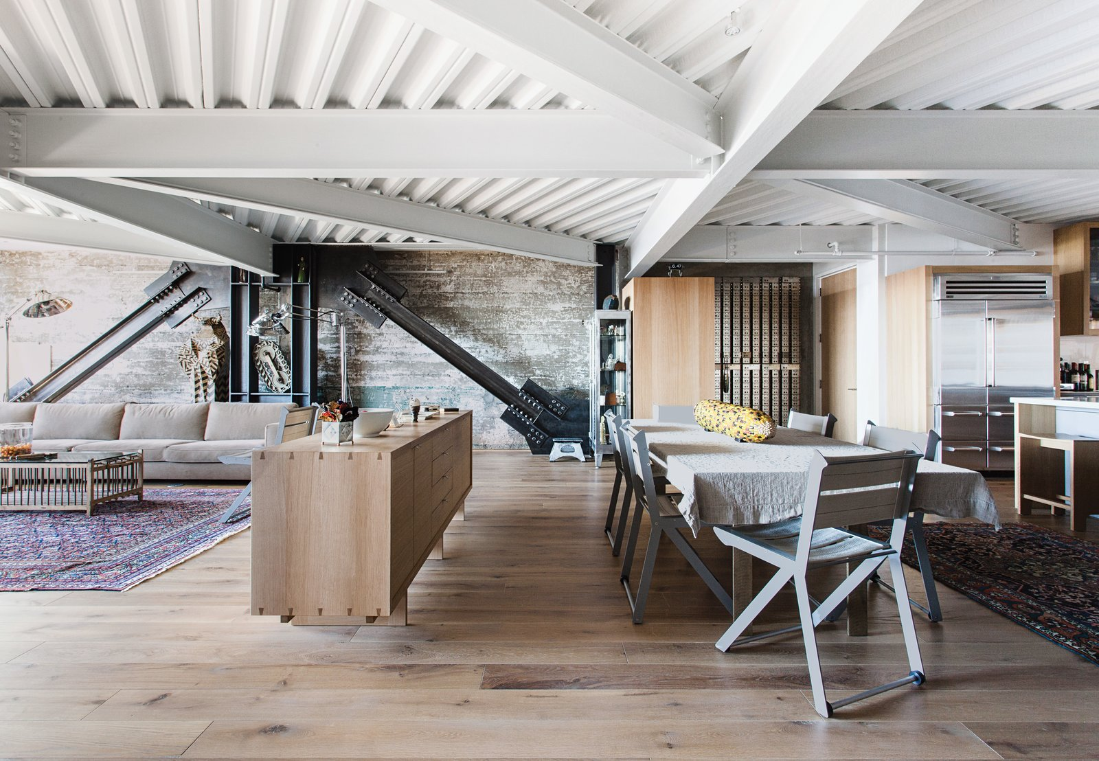 25 Homes With Exposed Wood Beams: Rustic To Modern