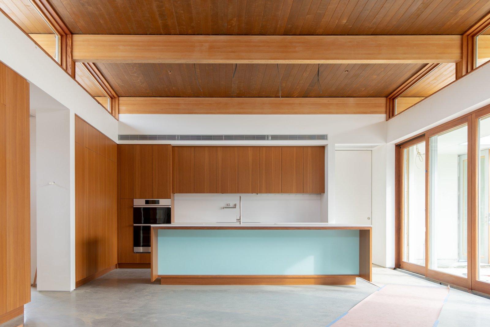A Palm Springs Net Zero Prefab Flaunts An Elegant Airy Kitchen Dwell