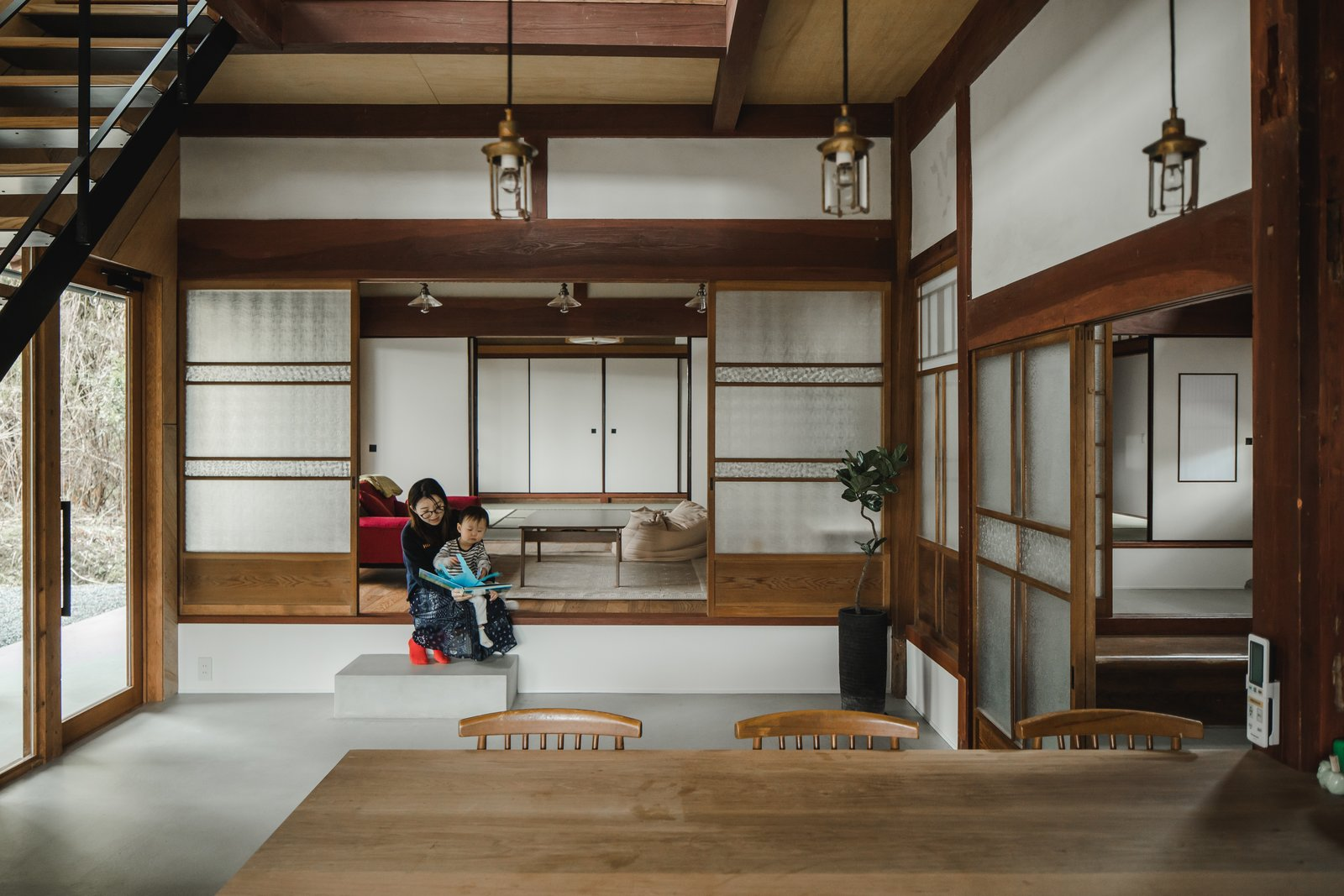 Before Amp After An Old Japanese Farmhouse Gets A Modern