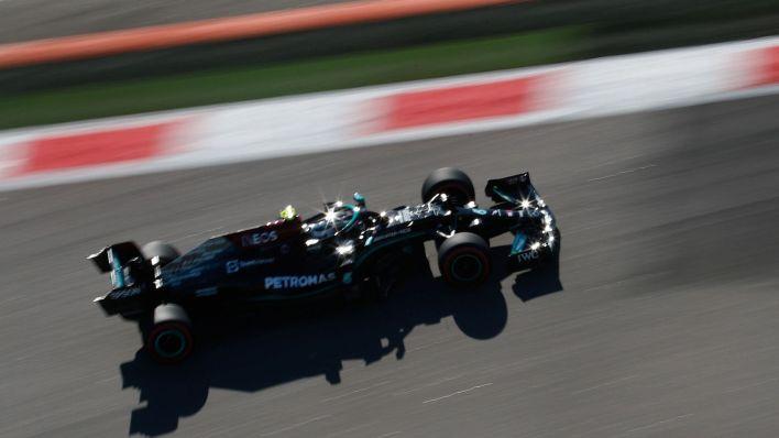 Bottas lideró los primeros libres. (Reuters)