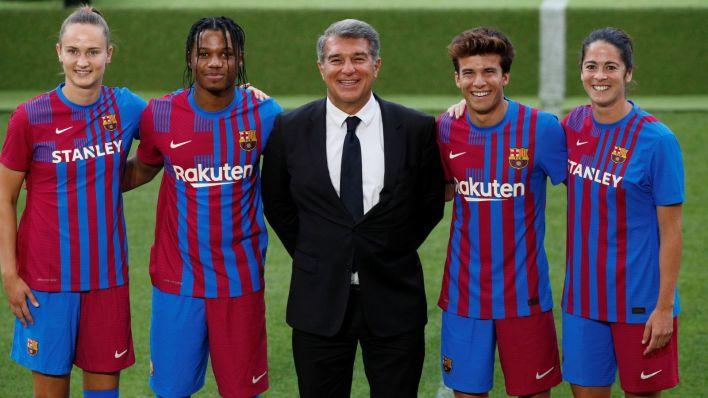 El Barça, y Laporta, tienen a Puig como uno de los jugadores con mayor futuro en el club (Reuters).