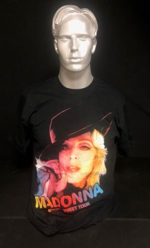 Madonna Sticky & Sweet Tour Bundle 2 memorabilia UK MADMMST728688