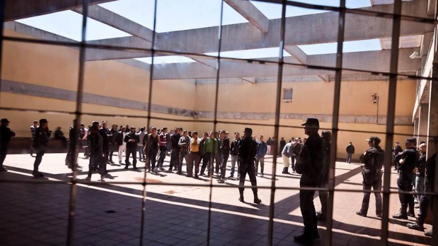 """Interior del CIE de Zona Franca de Barcelona. / Imagen cedida por los responsables del estudio """"Situación actual de los CIE en España y su adecuación al marco vigente""""."""