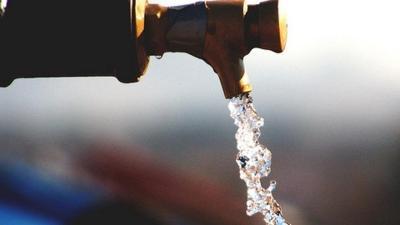 Los investigadores apuestan por el consumo del agua del grifo.