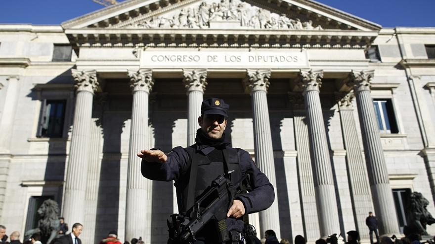El Congreso vota derogar la 'ley Mordaza' pese a la oposición del PP y la abstención de C's