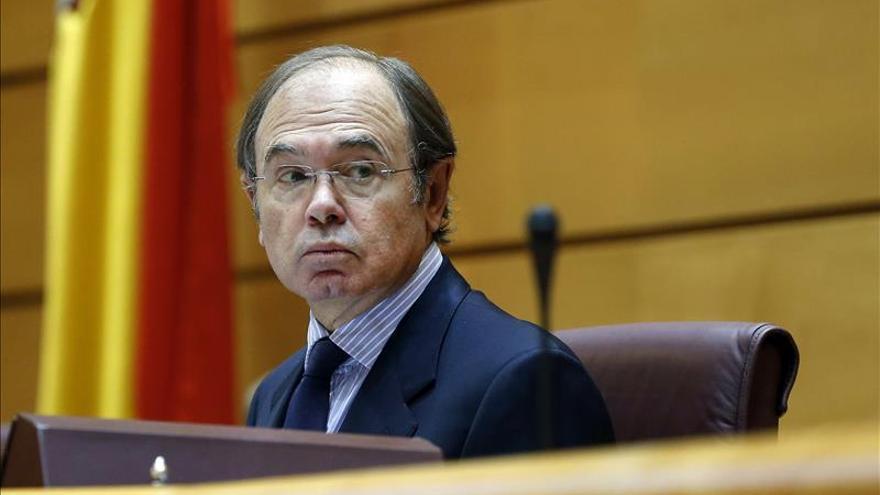 Pío García-Escudero reelegido por mayoría absoluta presidente del Senado