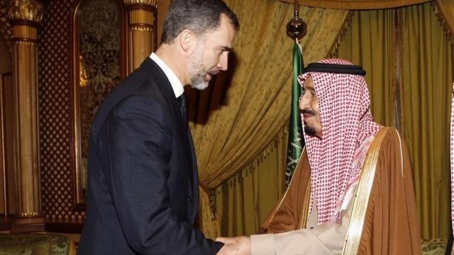 Podemos, desconcertado por el viaje del Rey a Arabia Saudí, pide al Gobierno que informe en el Parlamento