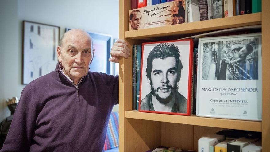 El poeta y ex preso del franquismo Marcos Ana, ingresado en el Gregorio Marañón con pronóstico grave