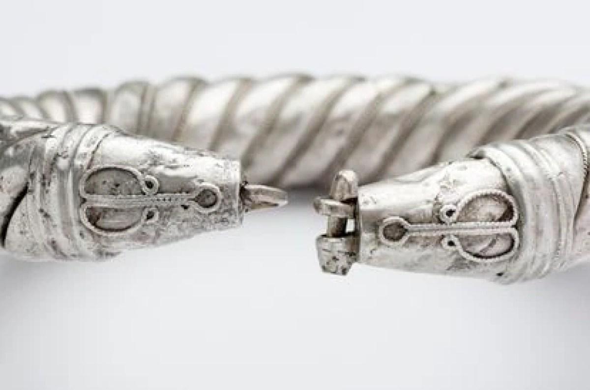 Pulsera de plata del tesoro de Amarguilla.