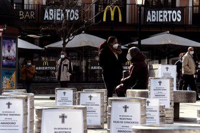 La Asociación de Turismo y Hostelería de Toledo protestó por la falta de ayudas gubernamentales en febrero.