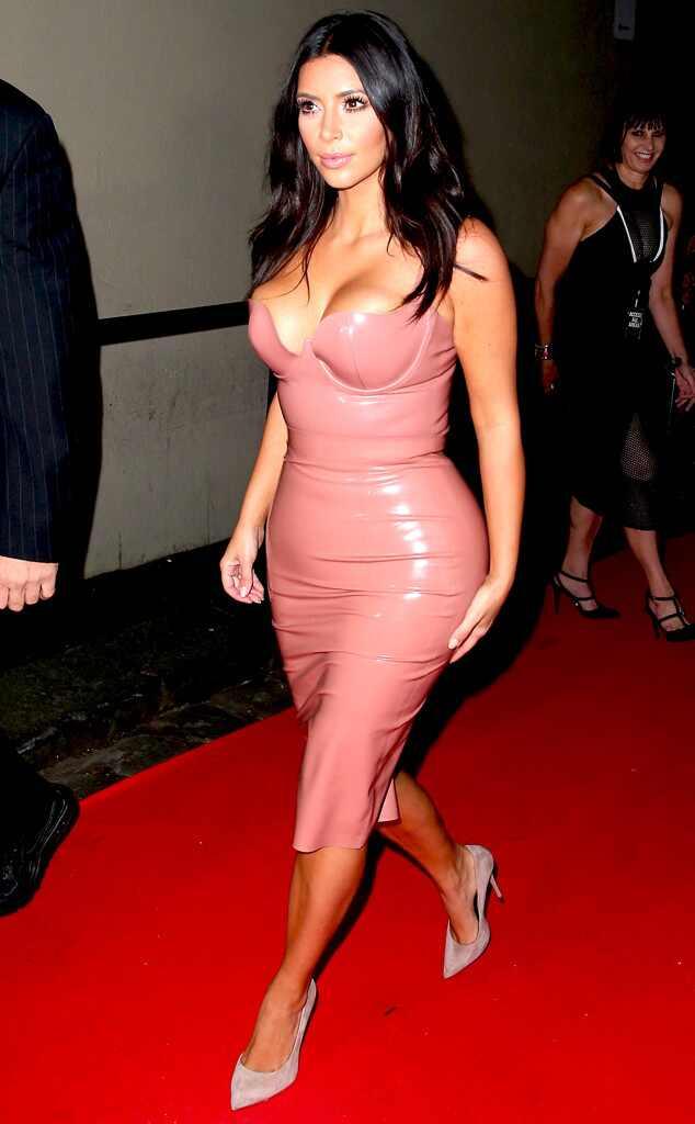 Resultado de imagem para roupas de latex kardashian