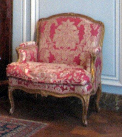 salon-gris-louis-xv_marquise-chair-1750_6160