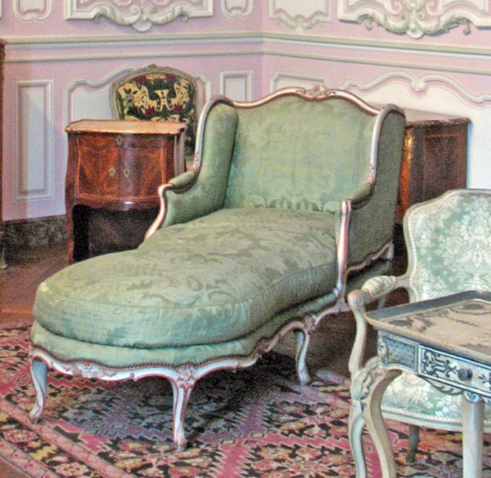 salon-lilas-louis-xv_chaise-1750_6156