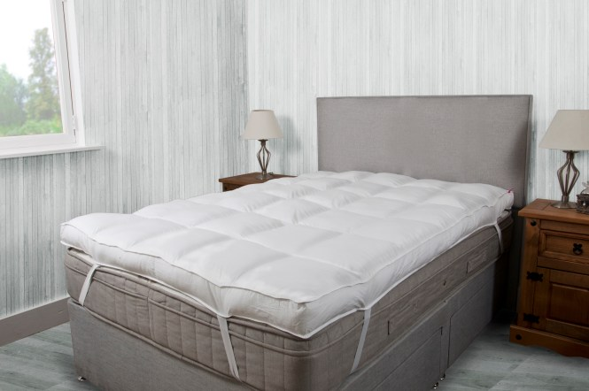 Hotel Quality 10cm 4 Inch Thick Mattress Topper Slight Seconds
