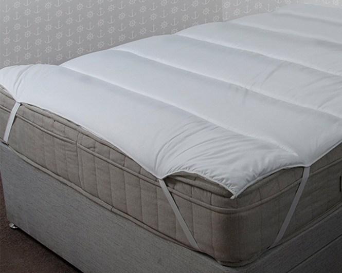 5 Hotel Quality Peach Feel Microfibre Mattress Topper Reviver