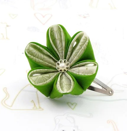 White and lime green  cherry blossom-snap clip-tsumami kanzashi