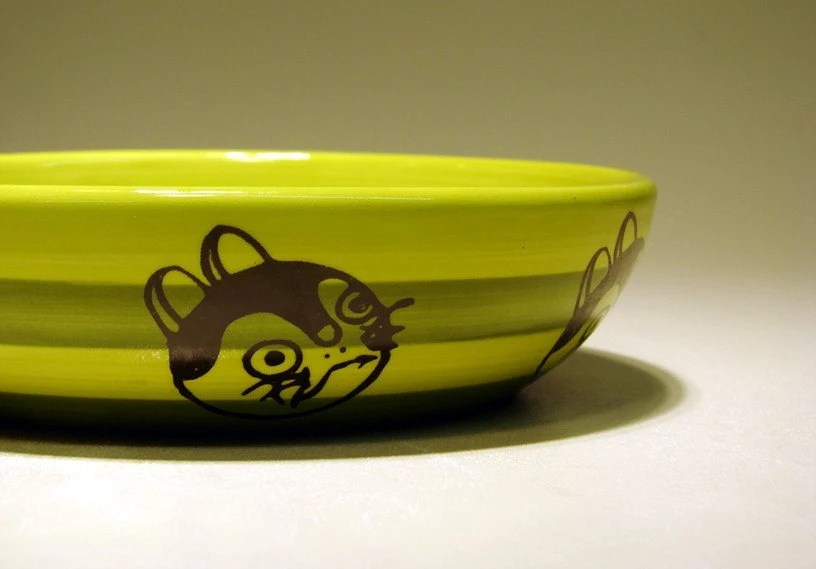 lo bowl - fortune kitty (striped greens)