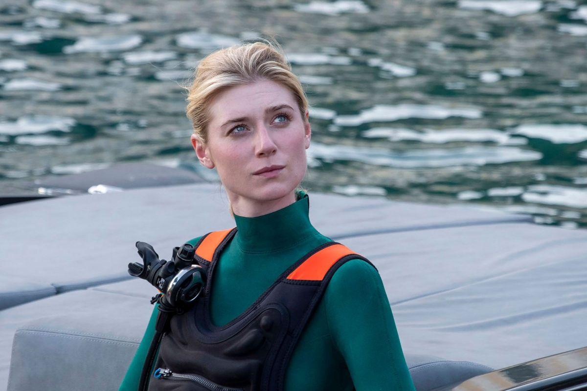 """Elizabeth Debicki loda Christopher Nolan: """"Ecco come si comportava sul set di Tenet"""""""