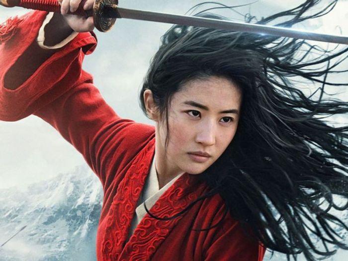 Niki Caro racconta il suo Mulan in un'intervista esclusiva per Everyeye