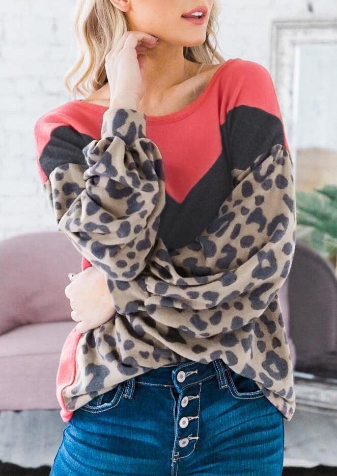 Hoodies & Sweatshirts Leopard Color Block Long Sleeve Sweatshirt in Multicolor. Size: S,M,L,XL