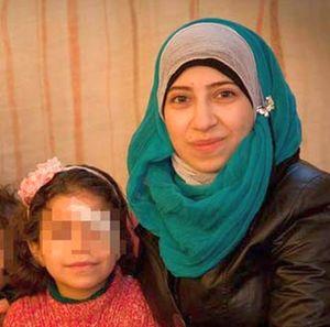 Yasmine e Falak, madre e figlia della famiglia siriana giunta in Italia il 4 febbraio.
