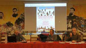 Nella foto, da sinistra: Giorgio Beretta (analista Osservatorio Opal), il giornalista Roberto Iacona e Pasquale Pugliese (segretario del Movimento Nonviolento).