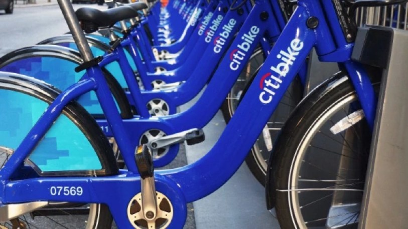 2-90203621-discounted-bike-share-programs-are-just-the-first-step-toward-equity-813x457 New York's new discounted bikeshare is the next step toward equity Inspiration