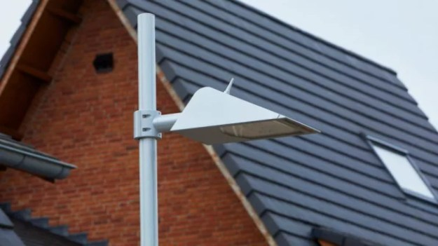 2-this-neighborhood-installed-bat-friendly-streetlights-813x457 These bat-friendly lights show how to make cities safe for nature Inspiration