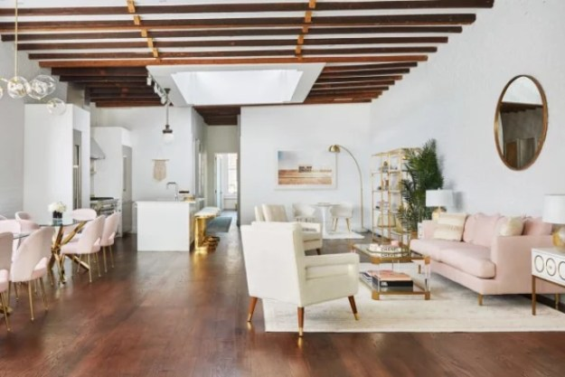 18-how-to-design-the-most-instagrammable-apartment-ever-685x457 Inside a penthouse designed just for Instagram influencers Interior