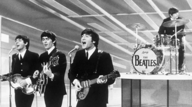 i-1-90249407-the-funny-way-the-beatles-got-their-logo-813x457 How the Beatles got their famous logo Interior