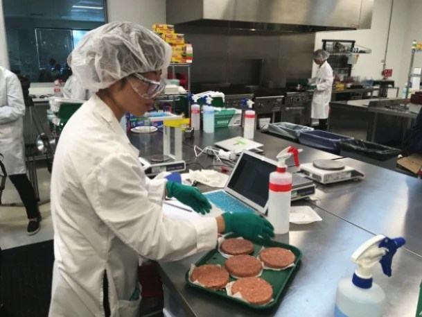 """i-3-inside-the-lab-where-impossible-foods-makes-its-609x457 Inside the lab where Impossible Foods makes its plant-based """"blood"""" Inspiration"""