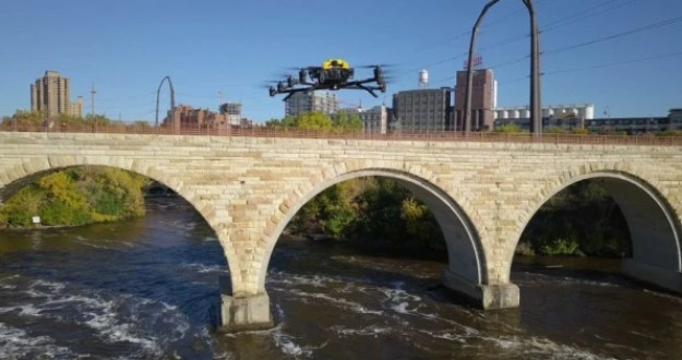 i-2-90276346-drones-can-help-tell-us-which-bridges-are-falling-apart-813x429 Inspecting bridges is hard and dangerous. Send in the drones Inspiration