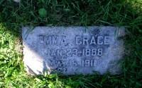 Headstone of Emma Grace Davis