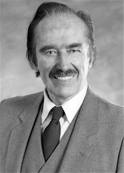 "Frederick Christ ""Fred"" Trump Sr. (1905-1999) - Find A Grave Memorial"