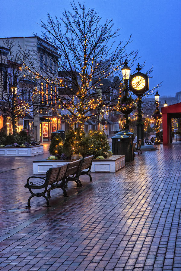 Cape May Christmas Photograph By Tom Singleton