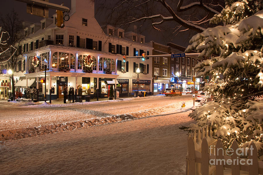 Christmas In Downtown State College Photograph By Trina Bauer