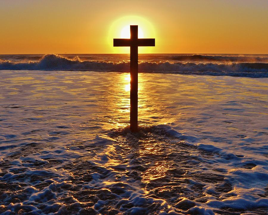 photo credit: Mark Lemmon buy prints: http://fineartamerica.com/featured/easter-sunrise-cross-outer-banks-1-mark-lemmon.html
