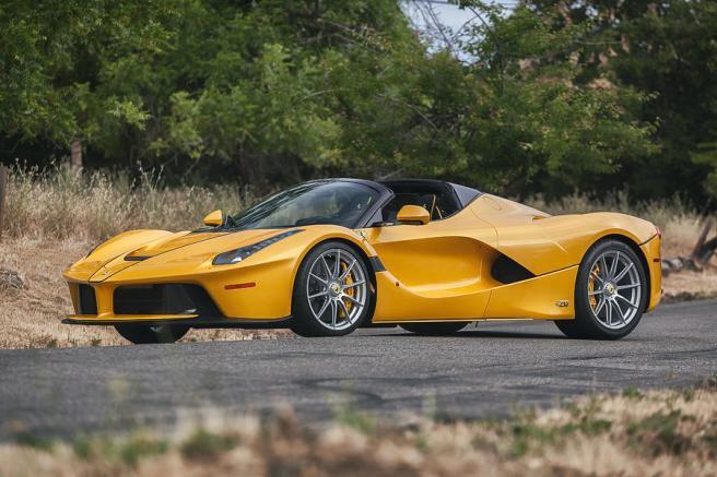 Картинки по запросу Ferrari LaFerrari Aperta