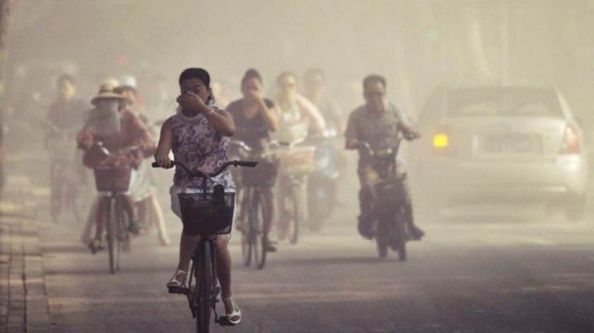 Toxic smog blankets Delhi after revellers ignore ban on bursting firecrackers for Diwali