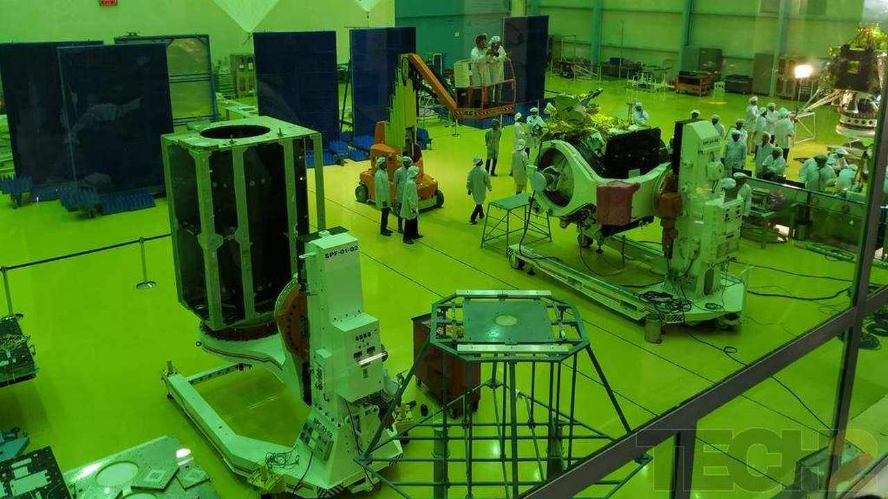 ISRO releases initial data from India's second moon mission Chandrayaan 2- Technology News, Gadgetclock