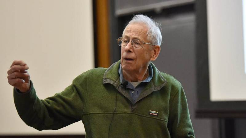 Nobel Prize in Physics: James Peebles, master of the universe, shares award- Technology News, Firstpost