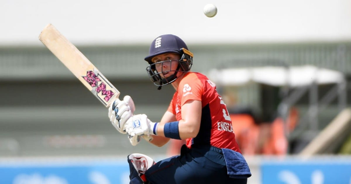Coronavirus Outbreak: England skipper Heather Knight to volunteer for NHS to help combat COVID-19 in UK – Gadget Clock