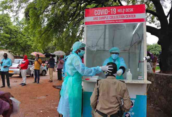 Coronavirus LIVE Updates: India reports over 97,000 new cases over the weekend as total rises to 13.8 lakh