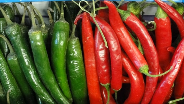 People who eat chilli peppers are at lower risk of cardiovascular and cancer mortality, suggests study