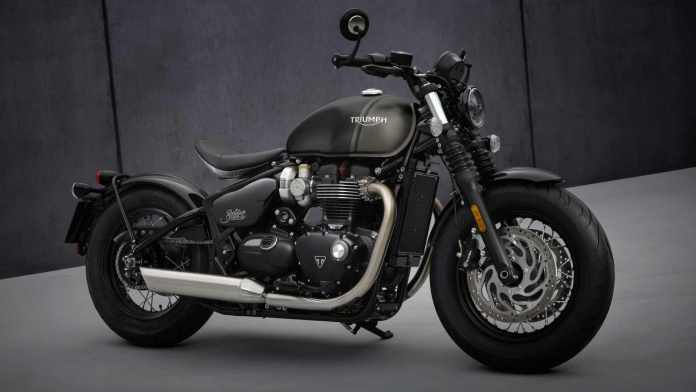 A highlight of the 2021 Triumph Bonneville Bobber is its larger, 12-litre fuel tank. Image: Triumph Motorcycles